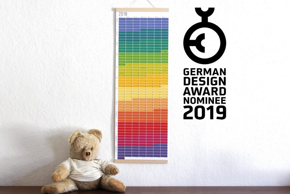 Der farbenfrohe Wandkalender von Wi-La-No ist nominiert für den German Design Award 2019